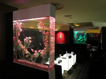 東京都に造花水槽を設置しました!